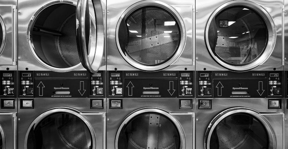 How to Run a Laundry and Dry Cleaning Business